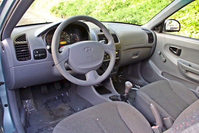 2003 Hyundai ACCENT HATCHBACK 67K ORIGINAL  MLS MANUAL SERVICE RECORDS Woodland Hills, CA 10
