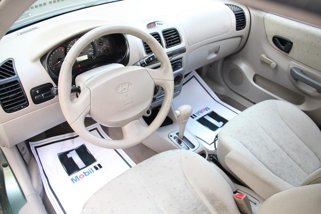 2003 Hyundai Accent GL Santa Clarita, CA 8