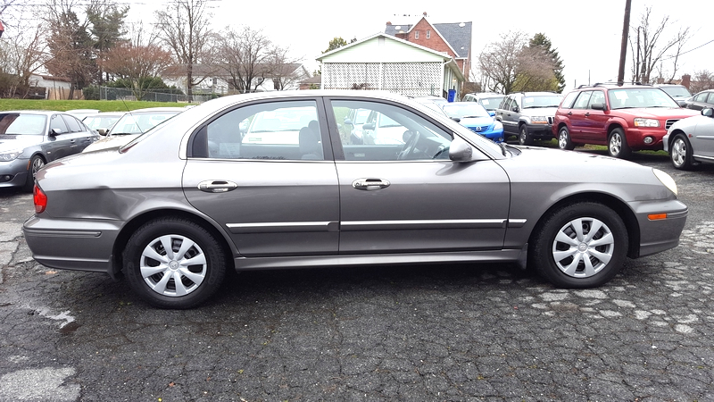 2003 Hyundai Sonata   in Frederick, Maryland