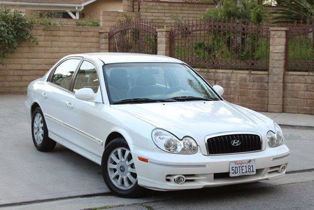 2003 Hyundai SONATA GLS SEDAN AUTOMATIC 1-OWNER SERVICE RECORDS AVAILABLE 2 SETS OF KEYS Woodland Hills, CA 10