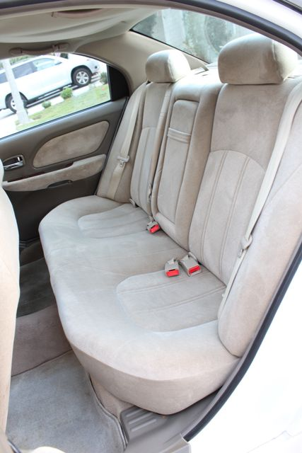 2003 Hyundai SONATA GLS SEDAN AUTOMATIC 1-OWNER SERVICE RECORDS AVAILABLE 2 SETS OF KEYS Woodland Hills, CA 31