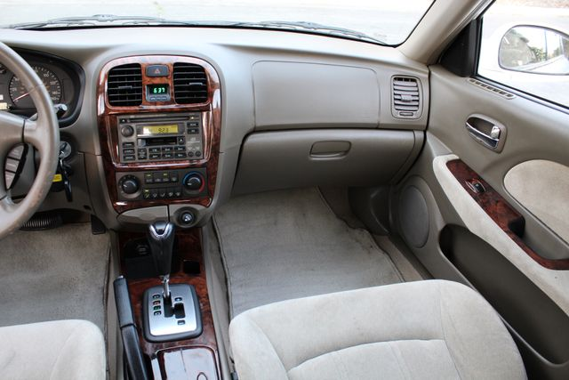 2003 Hyundai SONATA GLS SEDAN AUTOMATIC 1-OWNER SERVICE RECORDS AVAILABLE 2 SETS OF KEYS Woodland Hills, CA 24