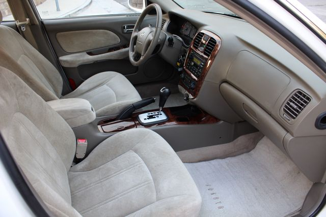 2003 Hyundai SONATA GLS SEDAN AUTOMATIC 1-OWNER SERVICE RECORDS AVAILABLE 2 SETS OF KEYS Woodland Hills, CA 28