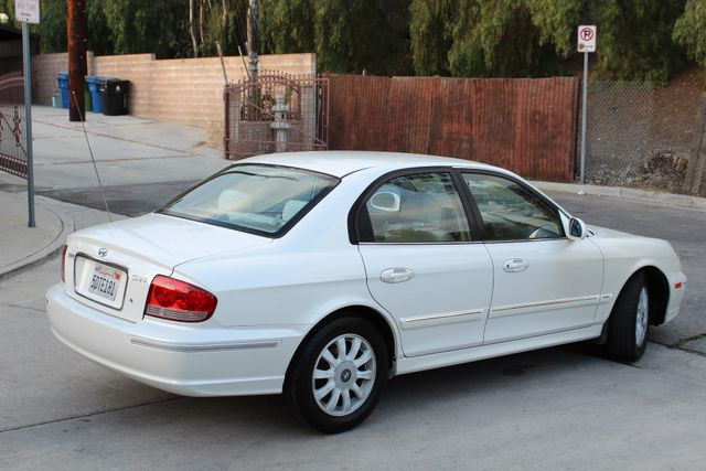 2003 Hyundai SONATA GLS SEDAN AUTOMATIC 1-OWNER SERVICE RECORDS AVAILABLE 2 SETS OF KEYS Woodland Hills, CA 7