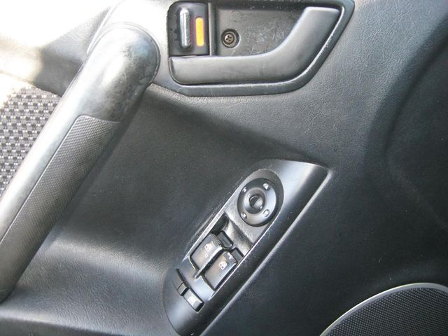 2003 Hyundai Tiburon COUPE Richmond, Virginia 14