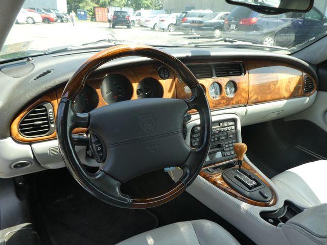 2003 Jaguar XK8 Leesburg, Virginia 16