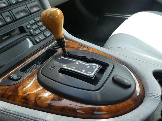 2003 Jaguar XK8 Leesburg, Virginia 27