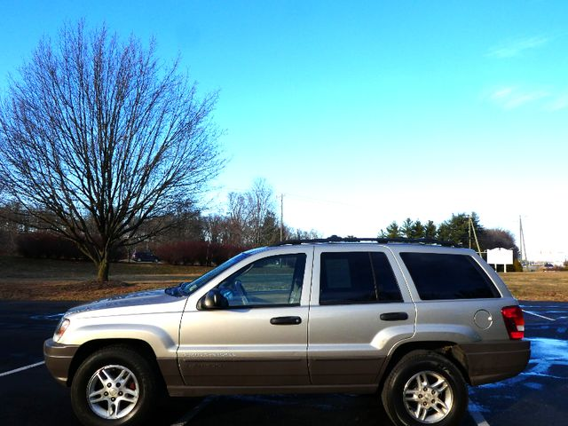 2003 Jeep Grand Cherokee Laredo Leesburg, Virginia 4