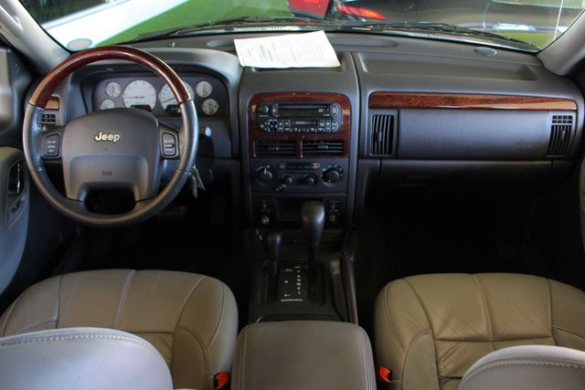 2003 Jeep Grand Cherokee Overland 4WD - SUNROOF - ONLY 48K MILES! Mooresville , NC 29