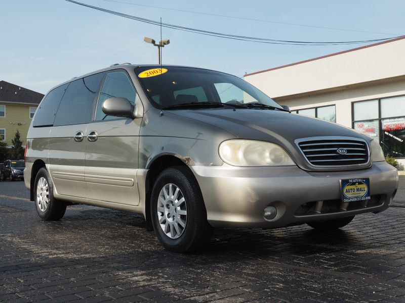 2003 Kia Sedona EX | Champaign, Illinois | The Auto Mall of Champaign in Champaign Illinois