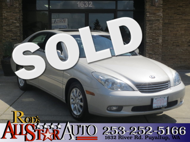 2003 Lexus ES 300 This vehicle is a CarFax certified one-owner used car Pre-owned vehicles can be
