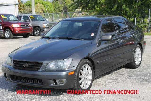 2003 Lexus IS 300  WARRANTY AUTOCHECK CERTIFIED FLORIDA VEHICLE  If you are looking for a