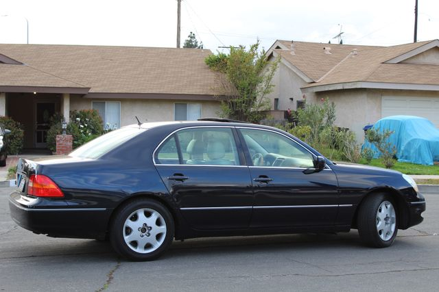 2003 Lexus LS 430 NAVIGATION SUNROOF LEATHER XENON PARKING SENSORS Woodland Hills, CA 7