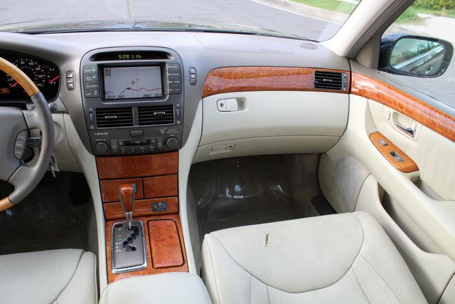 2003 Lexus LS 430 NAVIGATION SUNROOF LEATHER XENON PARKING SENSORS Woodland Hills, CA 22