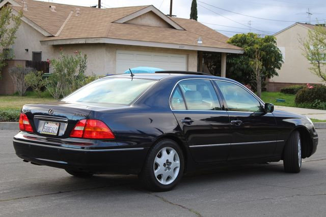 2003 Lexus LS 430 NAVIGATION SUNROOF LEATHER XENON PARKING SENSORS Woodland Hills, CA 6