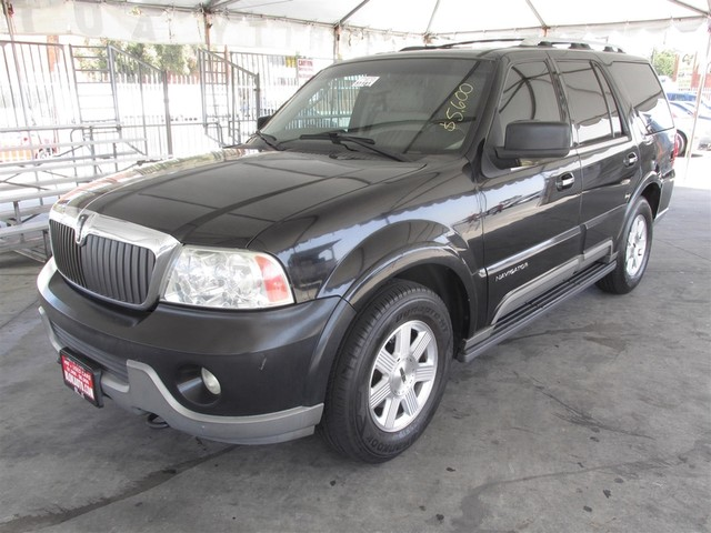 2003 Lincoln Navigator Ultimate This particular Vehicle comes with 3rd Row Seat Please call or e-