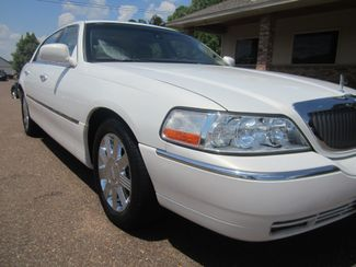 2003 Lincoln Town Car Cartier Batesville, Mississippi 8