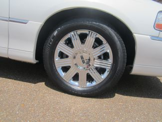2003 Lincoln Town Car Cartier Batesville, Mississippi 16