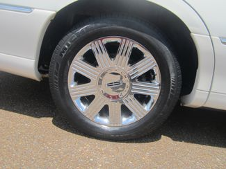 2003 Lincoln Town Car Cartier Batesville, Mississippi 17