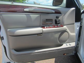 2003 Lincoln Town Car Cartier Batesville, Mississippi 18