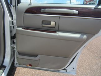 2003 Lincoln Town Car Cartier Batesville, Mississippi 31