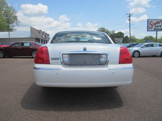 2003 Lincoln Town Car Cartier Batesville, Mississippi 5