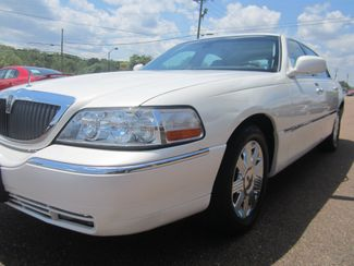 2003 Lincoln Town Car Cartier Batesville, Mississippi 9