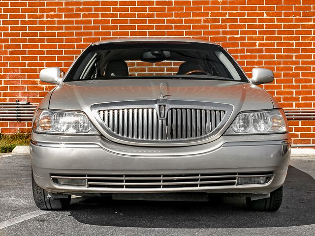 2003 Lincoln Town Car Cartier L Burbank, CA 1