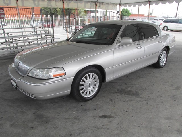 2003 Lincoln Town Car Signature Please call or e-mail to check availability All of our vehicles