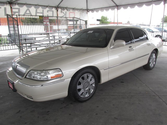 2003 Lincoln Town Car Cartier Please call or e-mail to check availability All of our vehicles a