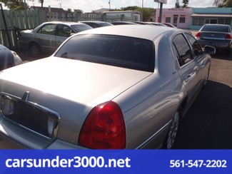 2003 Lincoln Town Car Executive Lake Worth , Florida 3