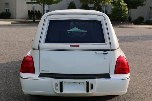 2003 Lincoln TOWN CAR  HEARSE EUREKA CONVERSION Mooresville, North Carolina 4