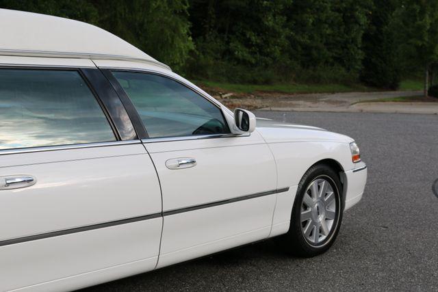 2003 Lincoln TOWN CAR  HEARSE EUREKA CONVERSION Mooresville, North Carolina 65