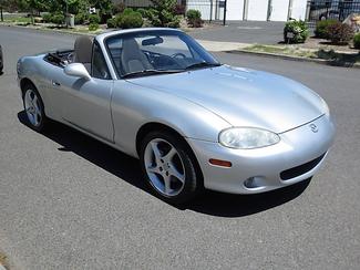 2003 Mazda MX-5 Miata Convertible Bend, Oregon 4