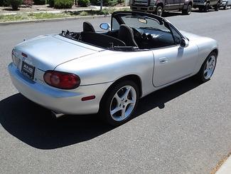 2003 Mazda MX-5 Miata Convertible Bend, Oregon 6