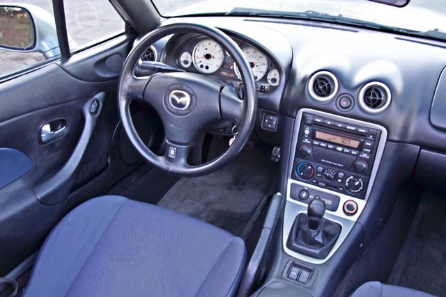 2003 Mazda MX-5 MIATA LS 5-SPEED MANUAL ONLY 88K MLS 1-OWNER A/C SERIVCE RECORDS Woodland Hills, CA 18