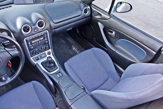 2003 Mazda MX-5 MIATA LS 5-SPEED MANUAL ONLY 88K MLS 1-OWNER A/C SERIVCE RECORDS Woodland Hills, CA 20