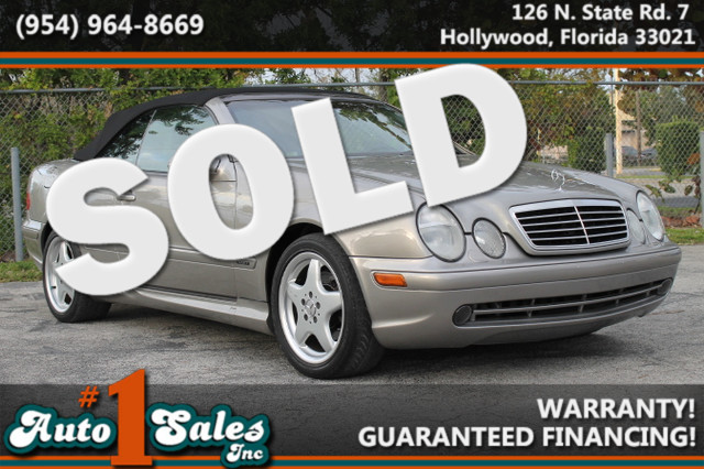 2003 Mercedes CLK320 32L  WARRANTY CARFAX CERTIFIED AUTOCHECK CERTIFIED 3 OWNERS 11 SERVIC