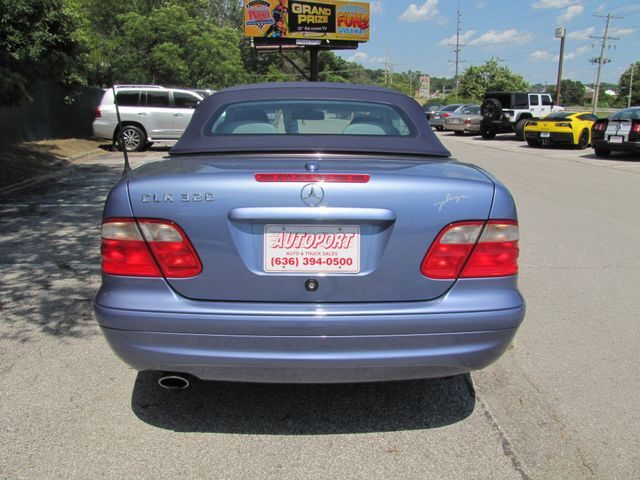 2003 Mercedes-Benz CLK320 3.2L St. Louis, Missouri 1