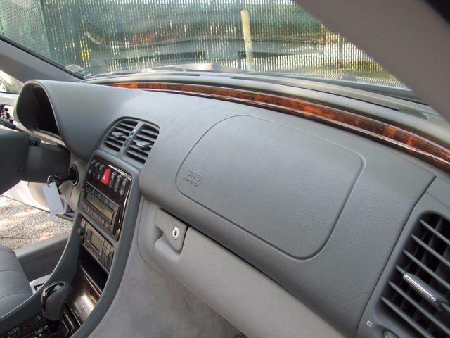2003 Mercedes-Benz CLK320 3.2L St. Louis, Missouri 9