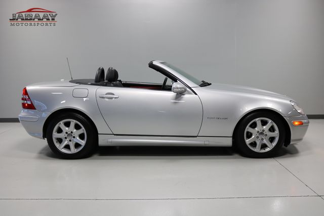 2003 Mercedes-Benz SLK230 2.3L Merrillville, Indiana 3