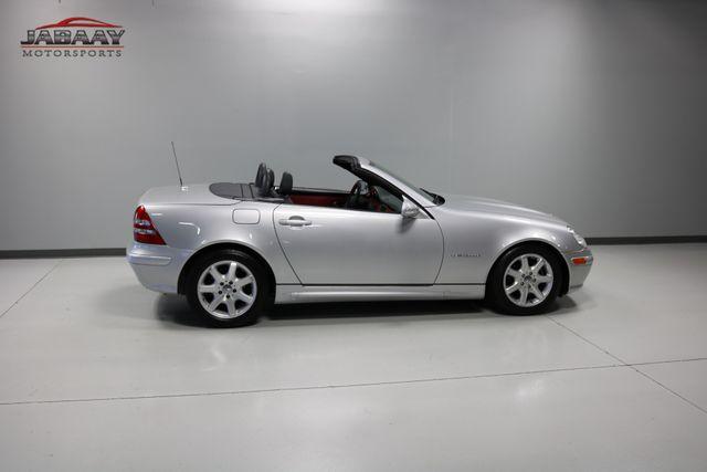2003 Mercedes-Benz SLK230 2.3L Merrillville, Indiana 27