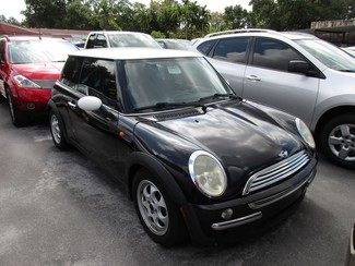 2003 Mini Hardtop Miami, Florida 1