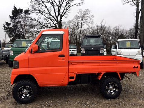 2003 Mitsubishi 4wd Minitruck [a/c, power steering]  | Jackson, Missouri | Eaton Mini Trucks/GR Imports in Jackson, Missouri