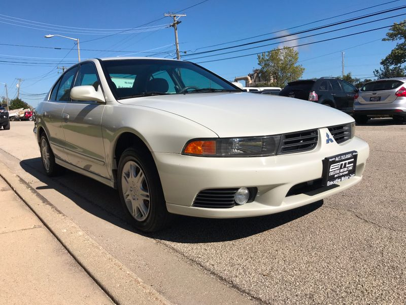 2003 Mitsubishi Galant ES  Lake Bluff IL  Executive Motor Carz  in Lake Bluff, IL