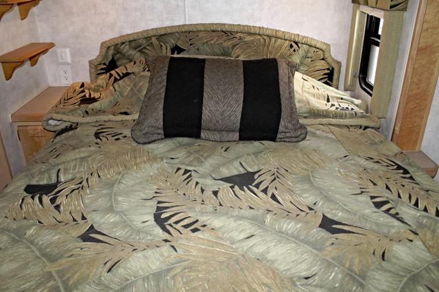 2003 Monaco La Palma 2 Slide San Antonio, Texas 44