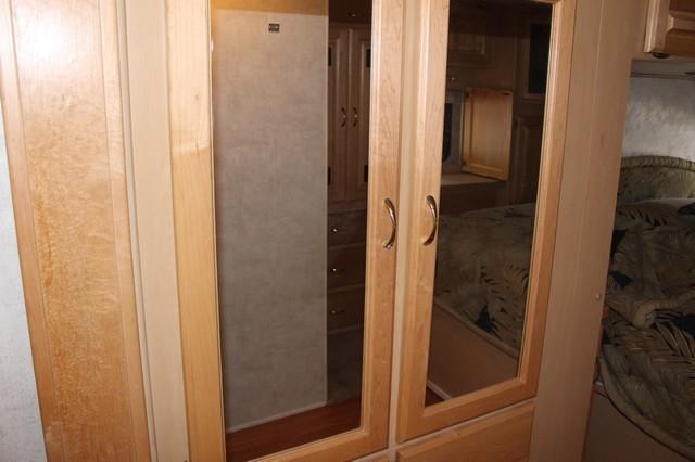 2003 Monaco La Palma 2 Slide San Antonio, Texas 45