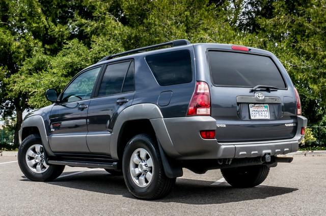 2003 Toyota 4Runner SR5 V8 - SUNROOF - NAVI - TOW PKG Reseda, CA 7