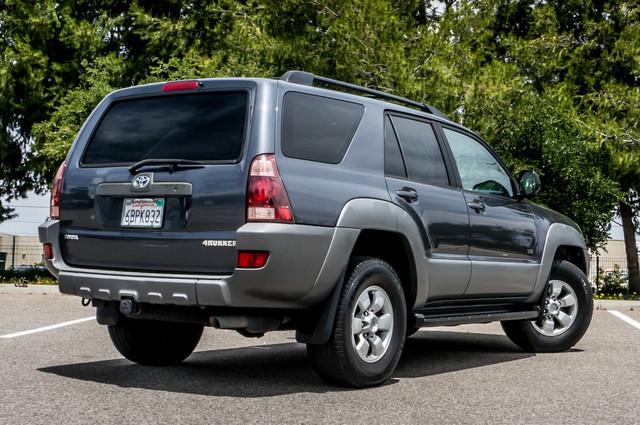 2003 Toyota 4Runner SR5 V8 - SUNROOF - NAVI - TOW PKG Reseda, CA 9