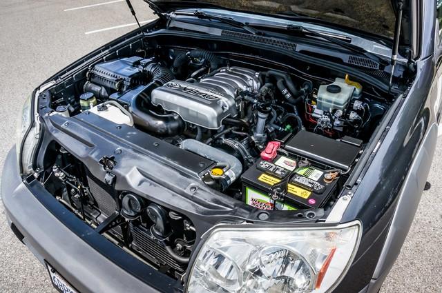 2003 Toyota 4Runner SR5 V8 - SUNROOF - NAVI - TOW PKG Reseda, CA 34